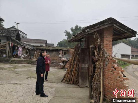 四川富顺4.3级地震:有民房受损 未发现人员伤亡